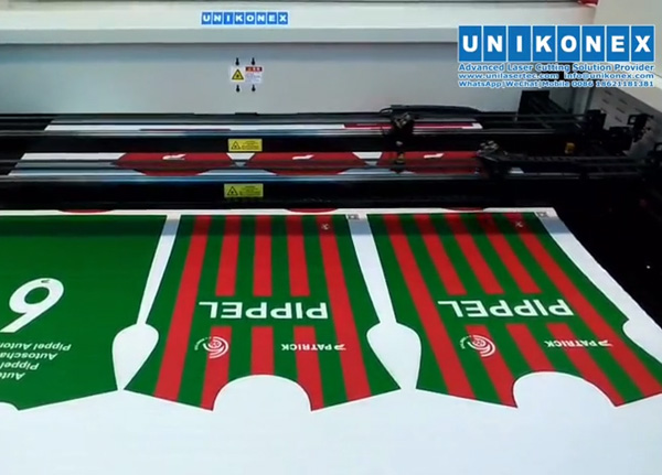 Printed sportswear laser cutting by 2axis 2heads
